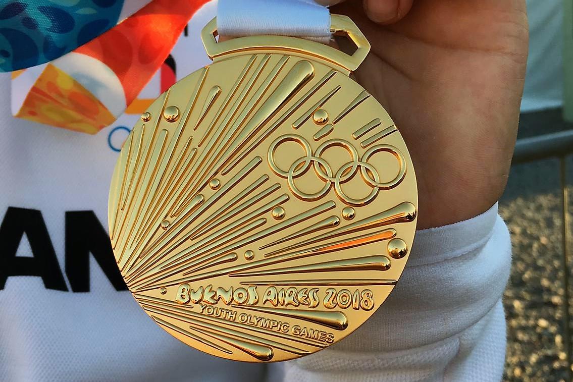 Olympisches GOLD für Leni